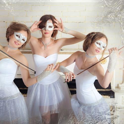 Classical Violin Trio LaRuAn