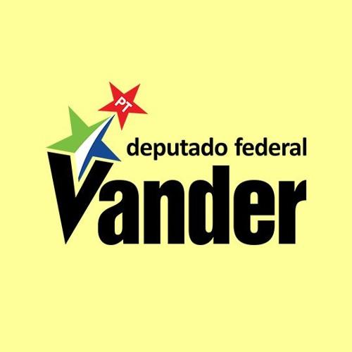 Baixar 06/06/2011 - Depois de aprovado na Câmara, novo Código Florestal chega ao Senado