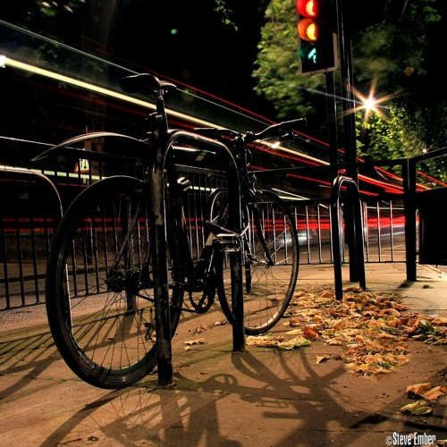 A Bicycle On Bayswater Road - A Photo-Moment Podcast