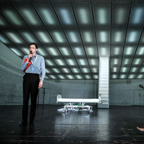 unterwerfung theater