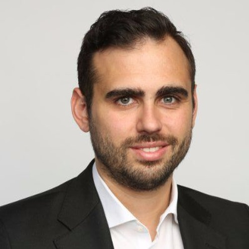 Julian Teicke, Founder and CEO of FinanceFox, on Building Great User Experiences in Insurance