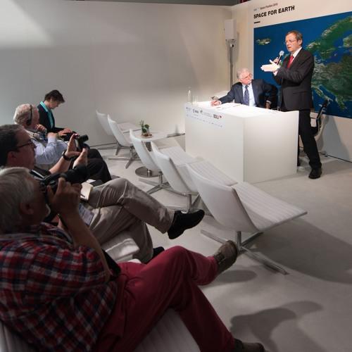 Media briefing with ESA Director General Jan Woerner at ILA Berlin Air Show, 1 June 2016
