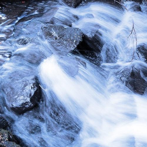 On A Waterfall Canvas - Mimitabu 12⁄5 2016