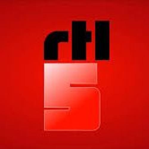 RTL5 2012 pitch 02 super bowl -ident