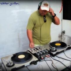 SET RETRO MIX TEXANO..Traktor Guillen DJ..The Firm..
