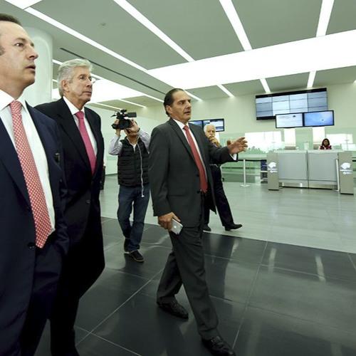 Gerardo Ruiz Esparza con Joaquín López Dóriga