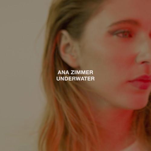 Ana Zimmer - Underwater