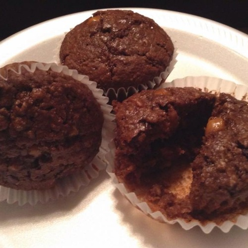 Episode 01 - Yinzer Muffins And CAH