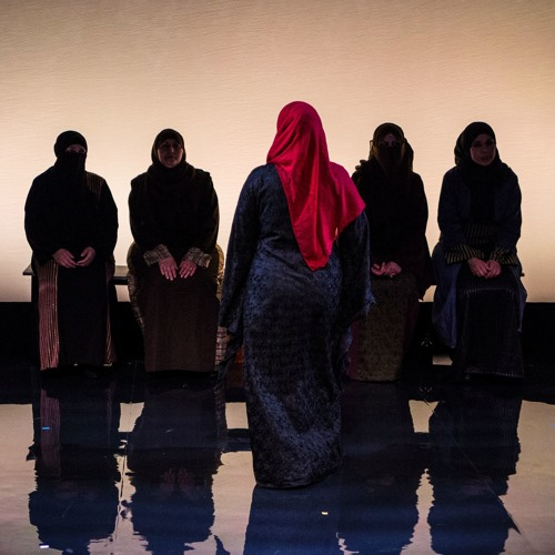 What is the role of theatre in the refugee crisis?