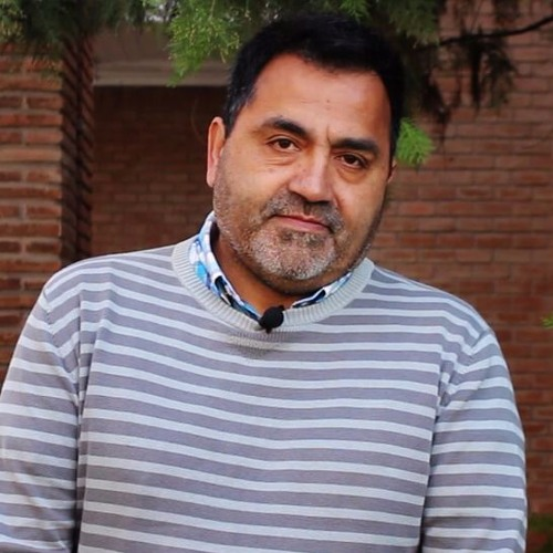 "Raúl Zarzuri: ""La sociedad chilene construye imaginarios estigmatizantes"""