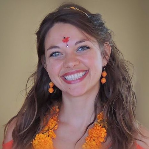 Ep 13: Hannah Nicol - Wanderlust, traveling Southeast Asia and benefits of liberal arts.