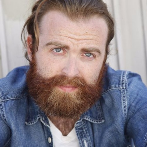 Ep 15: Vic May – Success as an actor in LA, get an agent with a beard, and keep making stuff.