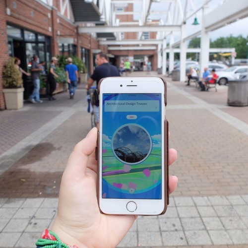 Pilot - Pokémon Go and Public Space