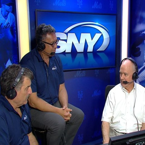 Sandy Alderson stops by SNY booth, chats trades