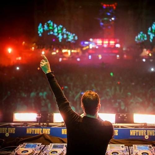 Liberator DJs - It's F**king 'avin It...2