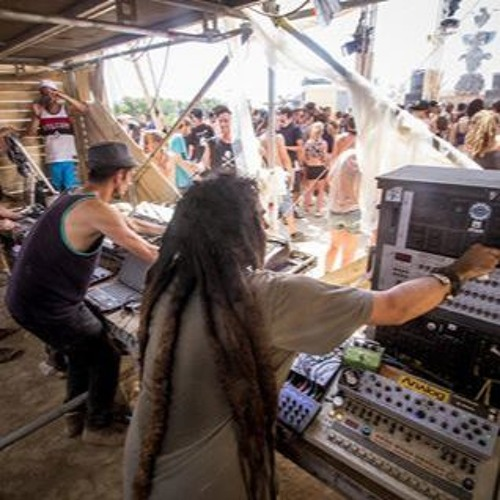 ASPHALT-PIRATES LIVE  @TOTEMYSTIK FESTIVAL