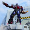 Cal tells a guy Michael Bay wants to rent his house for Transformers 5…but with a few stipulations