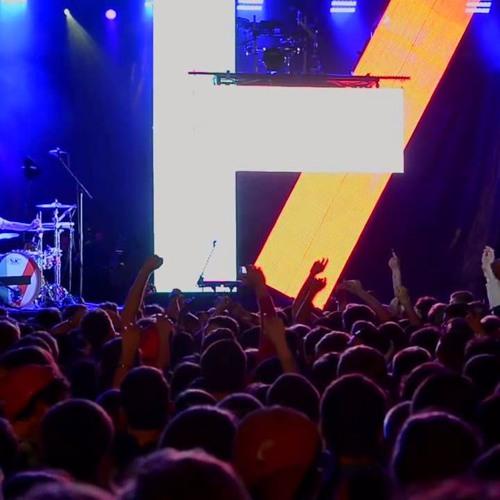 Twenty One Pilots - Kitchen Sink (Live HD) Ft. Zack Joseph by ...