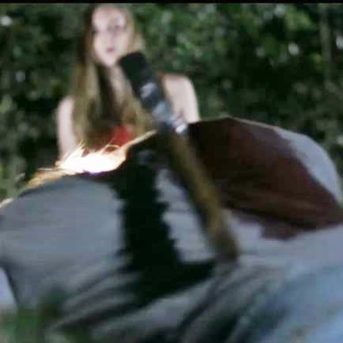 Sarah: Run away!