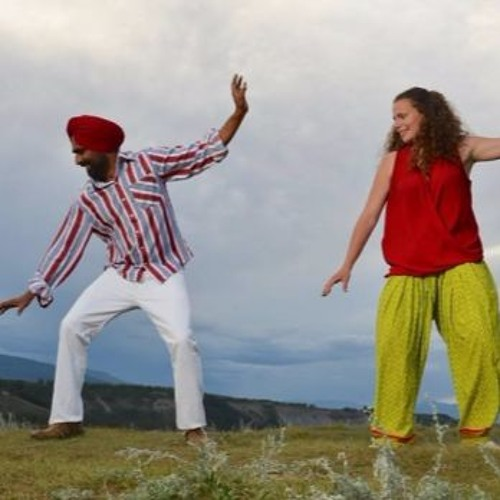 Expanding the world of bhangra dance