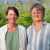 Pflanzenzüchtung und Saatgutvermehrung mit Tradition - Vera Becher und Iris Attrot vom Ralshof