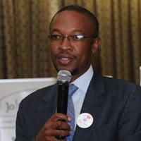 Parks tau is salgas newly elected chairperson parks tau newly elected chairperson of the sa local government association altavistaventures Choice Image