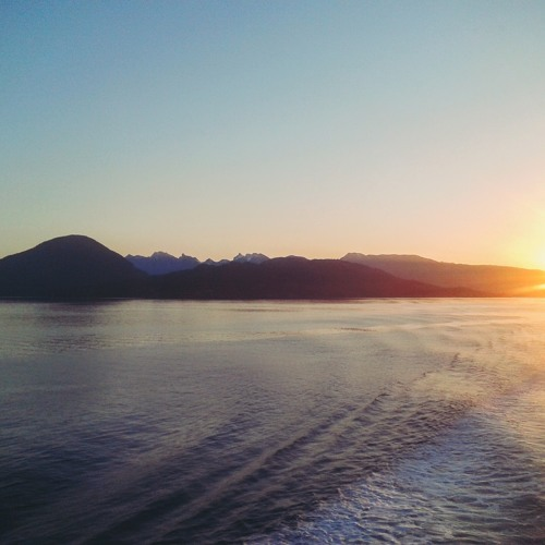 THE ISLE IS FULL OF NOISES