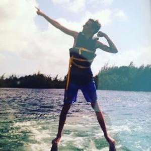 Marshmello - Keep It Mello Ft. Omar LinX (Official Music Video) mp3