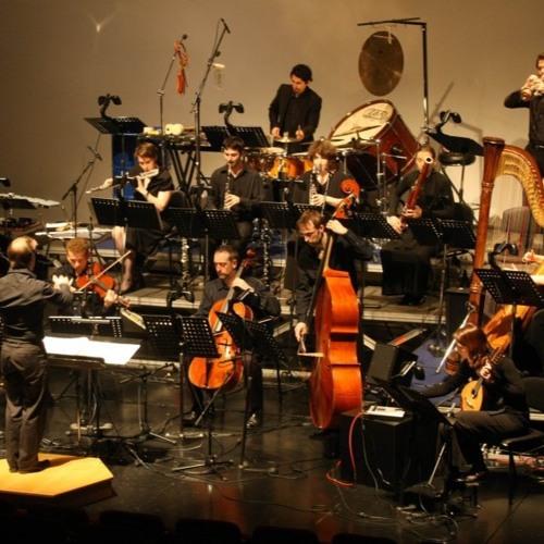 PHANTASMAGORIA for mixed ensemble by Ailem Carvajal (2001)