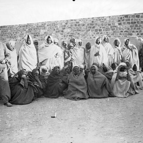 في سجن النساء | غناء صنعاني مجهول الهوية