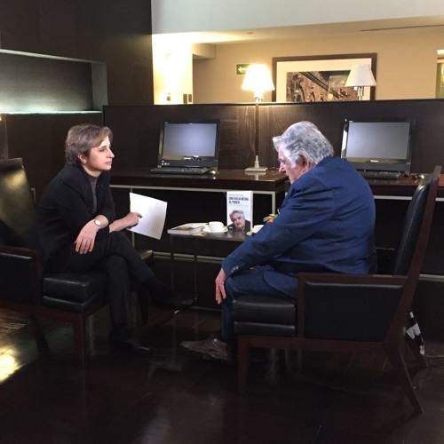 Aristegui: José Mujica 'el péndulo de la historia se inclina mucho hacia la derecha'