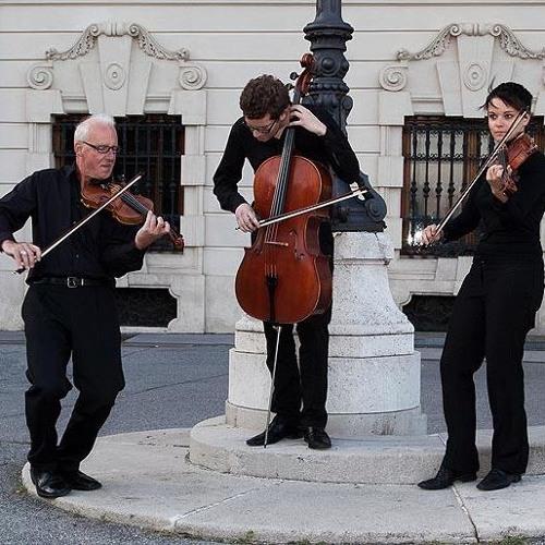 Alternative Strings Trio: Autumn Leaves