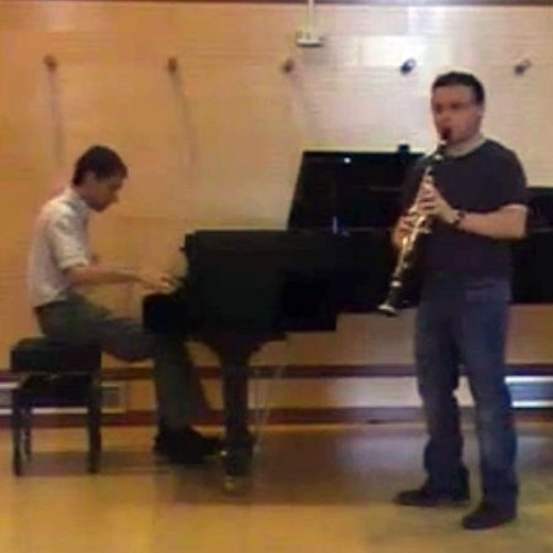 Improvised by Luis Vallines (piano) and Paco Gil (clarinet)