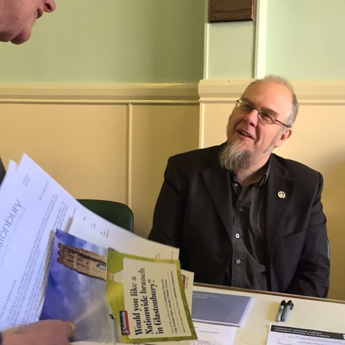 15 October 2016: Glastonbury's Neighbourhood Plan report by Paul Lund with Cllr Jon Cousins