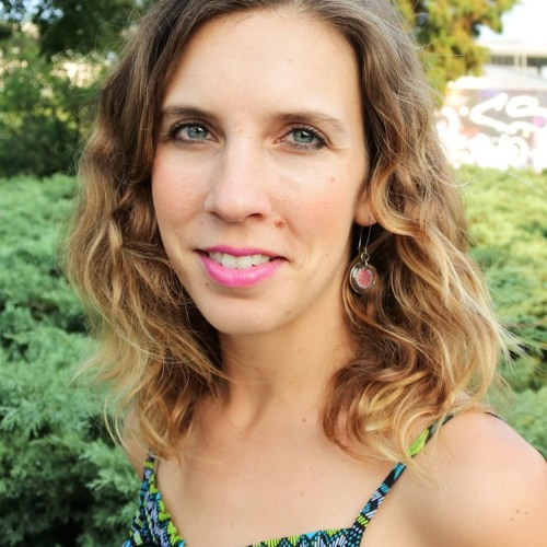 With Julia Jerg, talking leaving the comforts of home and how to start working online