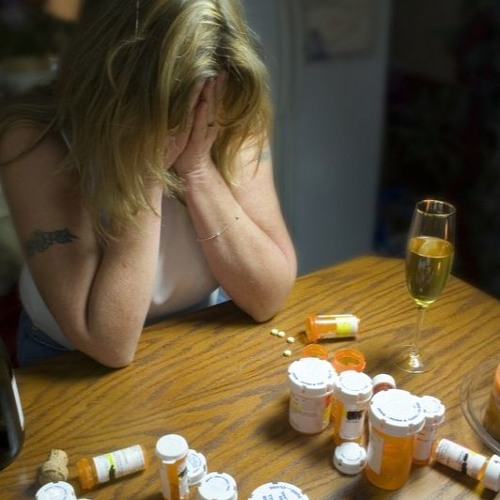 Бензодиазепины : помощь при медикаментозной зависимости.