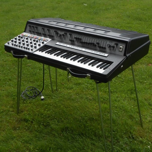 RMI Harmonic Synthesizer Arpeggiator Demo
