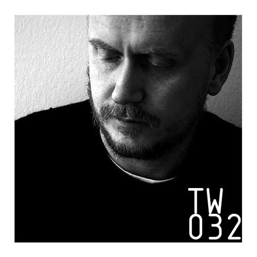 TW032 - Radio Slave
