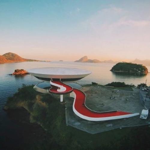 # 1: Baia de Guanabara: Aguas e Vidas Escondidas