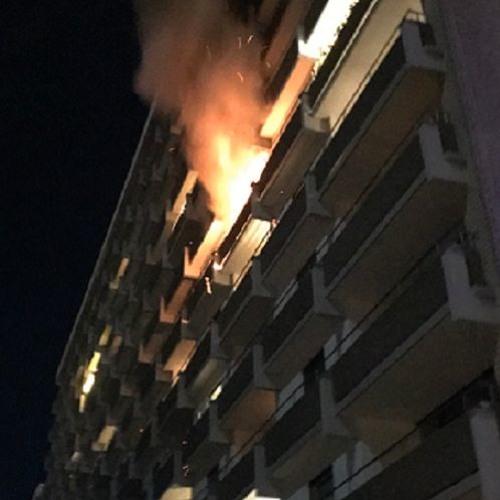 Etterforsker brannen