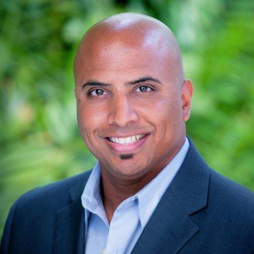 FOUND:re Phoenix Hotel Manager Vittal Calamur With Michelle Winner