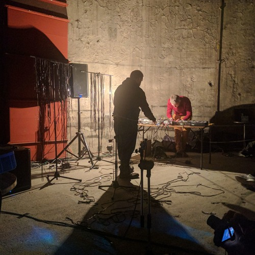 Howlround - Live At Brunel Museum, 11.12.16 - Extract
