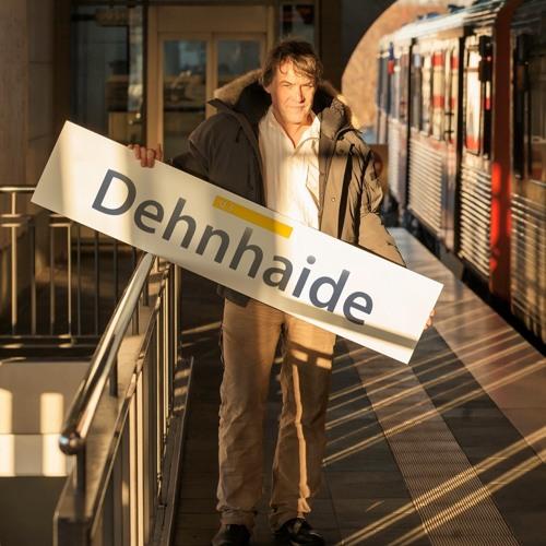 42 Minuten Hamburg - Geschichten aus der Hamburger Ringlinie. Dehnhaide: Benjamin Schubert
