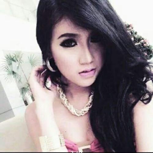 Suliyana_-_Lele_Di_Widangi_-_[Official_Video].mp3