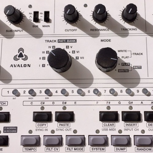 Avalon Bassline external cv modulation