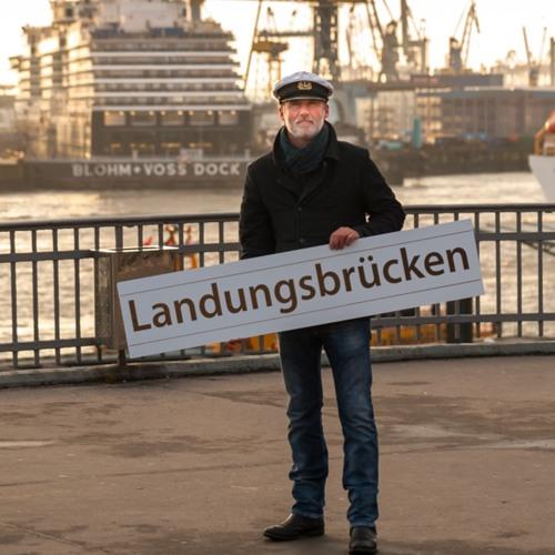 42 Minuten Hamburg - Geschichten aus der Hamburger Ringlinie. Landungsbrücken: Torsten Hansow