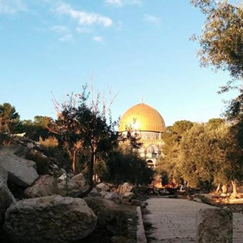 כאן ועכשיו - 108 - האם ראוי לחוג את חג מקדשנו, שמקדשנו שומם? - פודקאסט עם הרב אורי שרקי