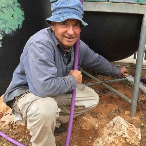 ein israelischer wissenschaftler macht aus regen trinkwasser by ard tel aviv free listening on. Black Bedroom Furniture Sets. Home Design Ideas