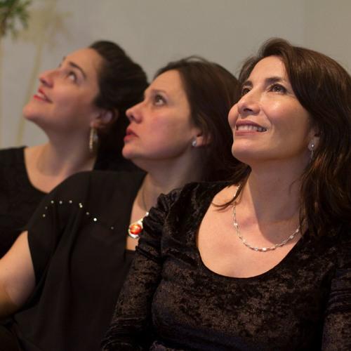Cantos de Itinerancia, for 3 female songs