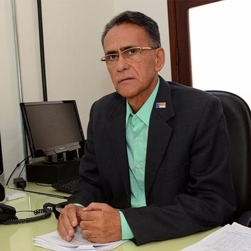 Entrevista com Esmeraldino Correia, secretário de Serviços Públicos e Transporte